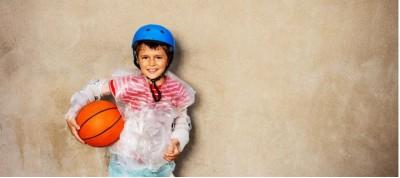 Οι υπερπροστατευτικοί γονείς: Όταν το «υπέρ» του γονιού γίνεται το «κατά» του παιδιού